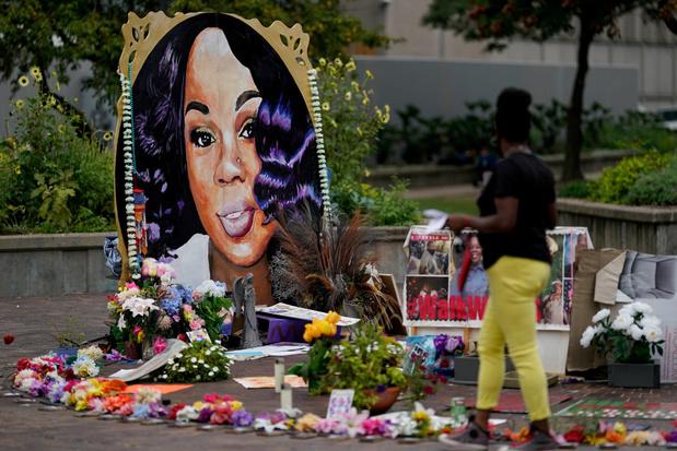 Amerikaanse politieagent vervolgd na doodschieten zwarte vrouw in maart