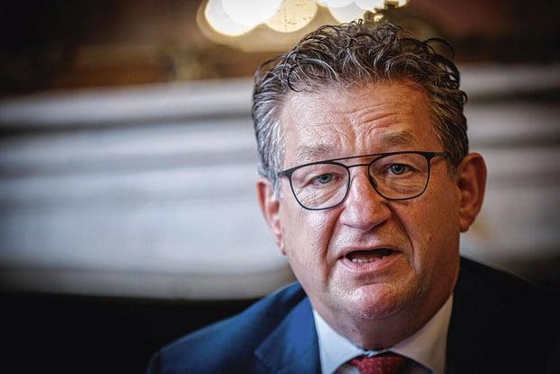 Burgemeester van Brugge Dirk De fauw neergestoken, maar buiten gevaar