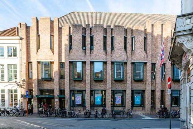 Bib Brugge blijft open en zet in op afhaaldienst, thuislevering en digitale activiteiten