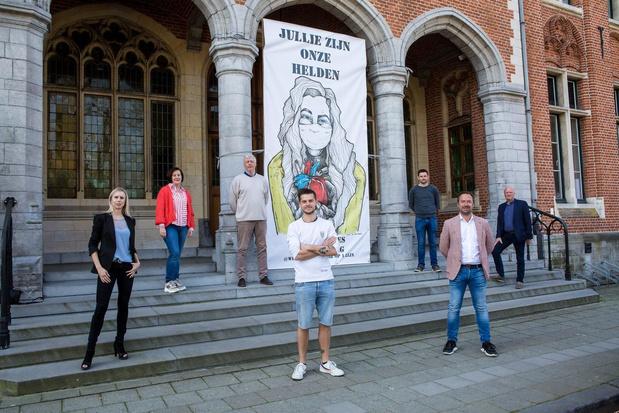 Brugse street artist Wietse maakt kunstwerk voor zorgverleners