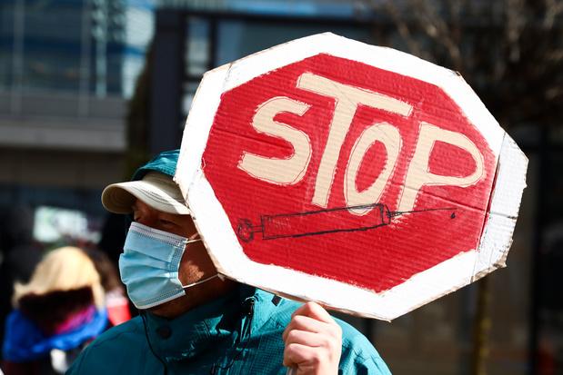 Hoe antivaxers een Vlaamse veearts wereldberoemd maakten
