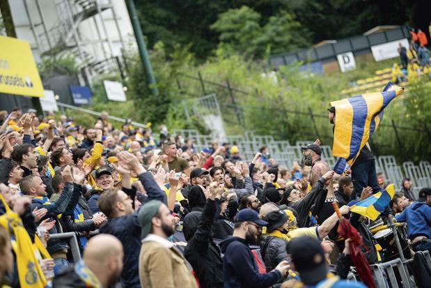 Ferveur jaune et bleue & bonne humeur: on était au Parc Duden pour le retour de l'Union en D1A