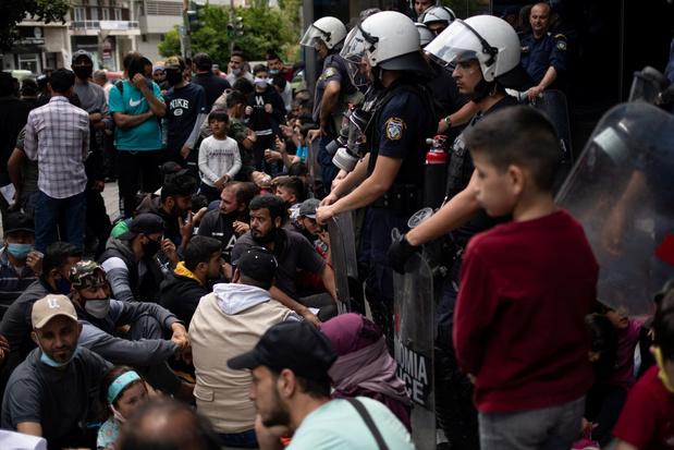 Europese Raad: Griekenland moet opvang van migranten verbeteren
