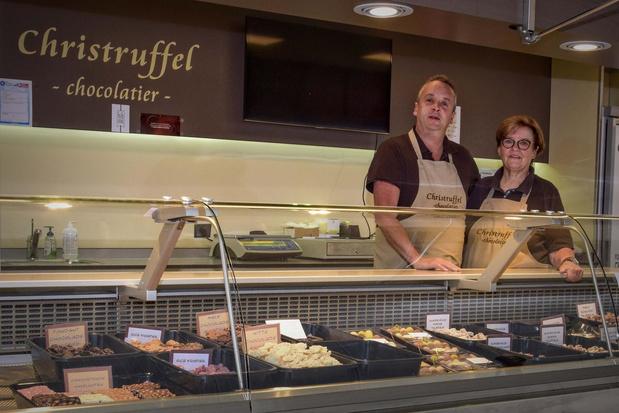 Tot aan afgrond maar niet opgeven: chocolatier Christruffel zet marktkraam in oplagplaats