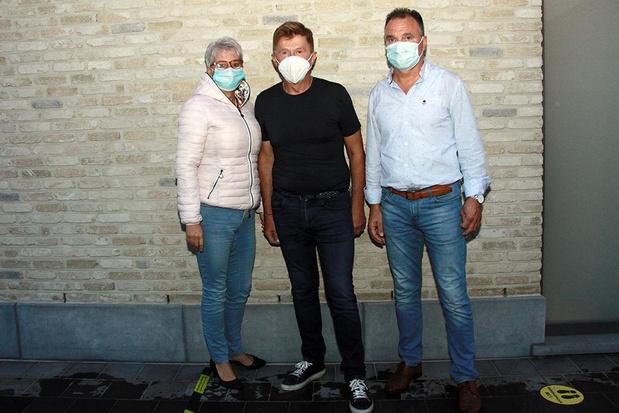 Luc en Fabienne uit Oudenburg zorgen al zes jaar voor de fanstand van Jo Vally