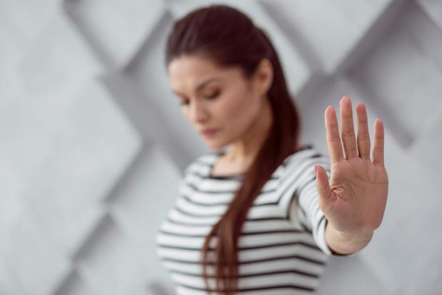 1 op de 2 Belgische vrouwen werd al geconfronteerd met ongepast grensoverschrijdend gedrag op het werk
