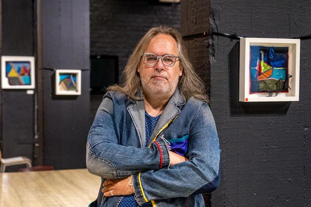 """Carlo Herpoel exposeert tentzeilkunst: """"Ik ga waar machteloosheid toeslaat"""""""