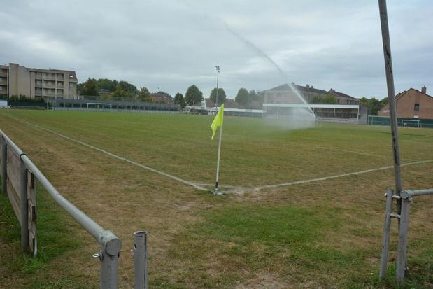 Voetbalveldjes opnieuw ingezaaid