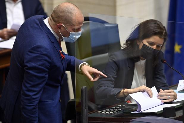 Francken en Kamervoorzitster Tillieux vliegen elkaar opnieuw in de haren