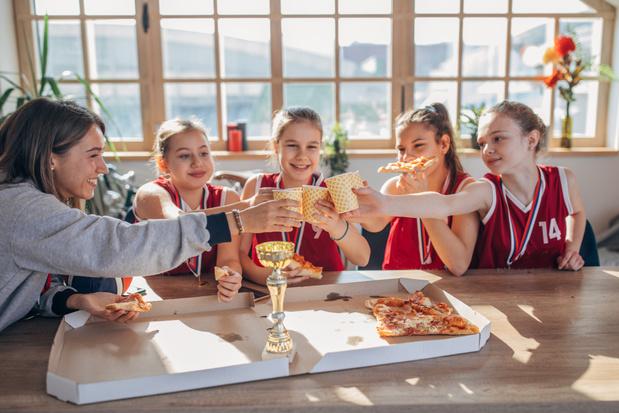 Kinderen eten te veel calorieën na het sporten