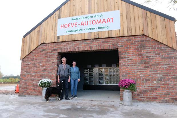 Hoeve-automaat met lokale producten van eigen kweek