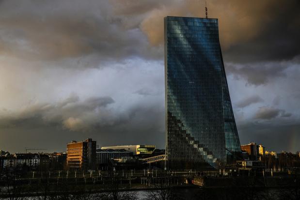 België komt slechter uit crisis dan buurlanden