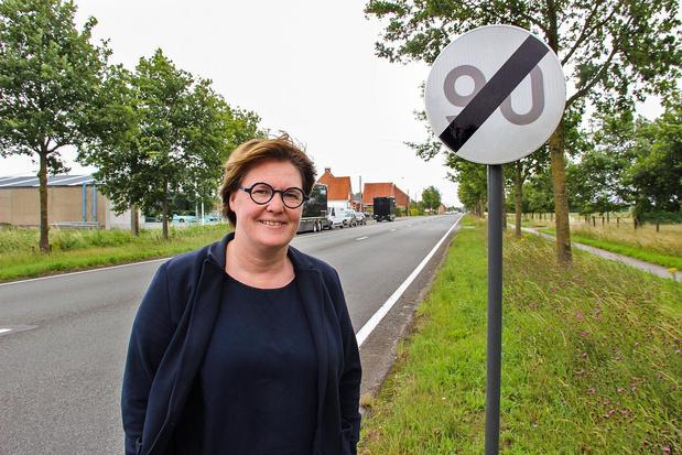 Bercy Slegers pleit voor aanduiding van snelheden in Wervik