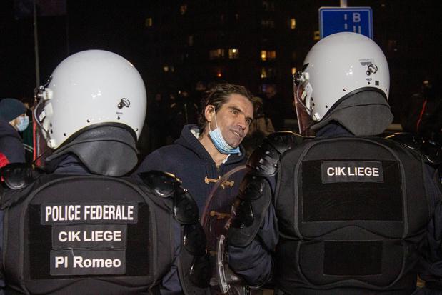 Advocaat Marc Uyttendaele: 'Het gevaar is dat we gewend raken aan het inperken van onze vrijheden'