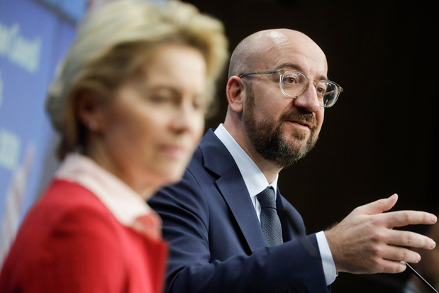 Loopgravenoorlog tussen Charles Michel en Ursula von der Leyen beschadigt Europese Unie
