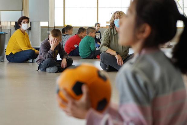Covid dans les écoles : un collectif de parents et d'enseignants demande la suspension des cours