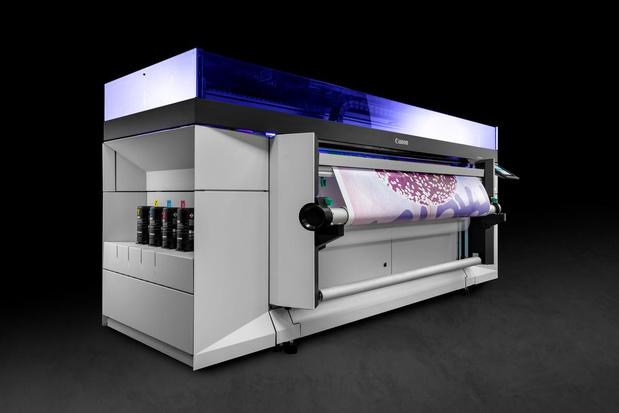 Canon verruimt Colorado-serie met roll-to-roll printer voor lagere volumes