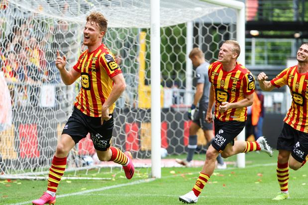 KV Mechelen klopt Antwerp met dank aan twee goals in evenveel minuten