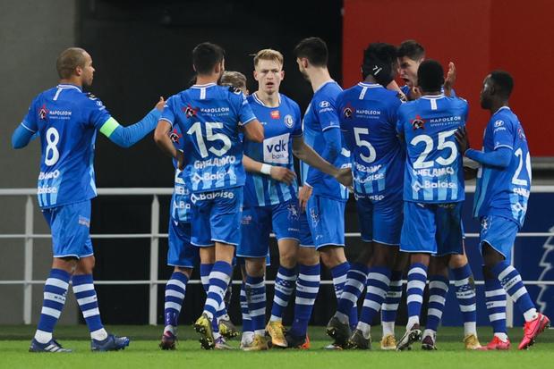 AA Gent knoopt onder Vanhaezebrouck weer aan met de zege