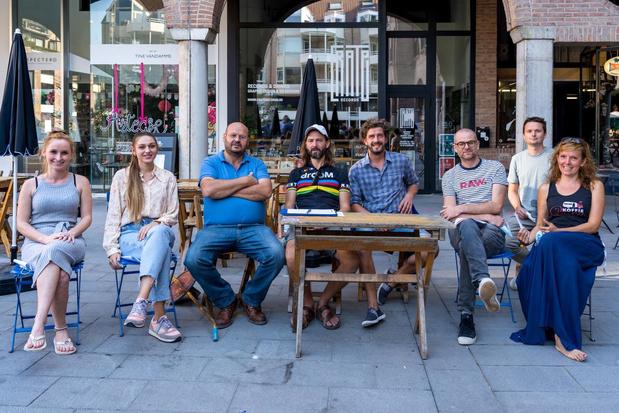 Nieuwe sfeermarkt KRTRK Bazaar op Overbekeplein en Begijnhofpark