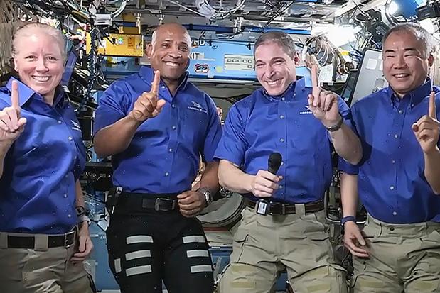 Vier astronauten verlaten na zes maanden het ISS