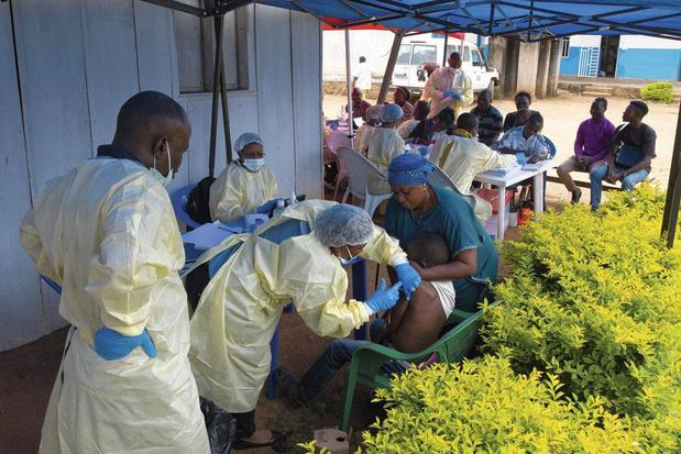 Les frontières n'arrêtent pas les vaccins
