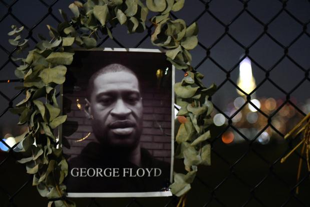 Agent beschuldigd van moord op George Floyd vrij op borgtocht