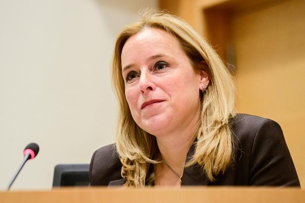 Eva De Bleeker (Open VLD) werkt aan oplossing voor huizen die door droogte beschadigd raakten