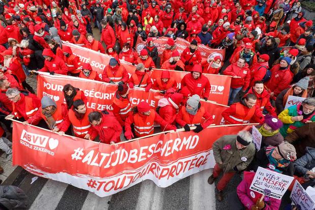 ABVV organiseert op 1 december werkonderbrekingen voor stakingsrecht