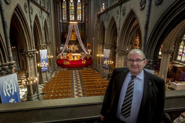 Dadizele neemt afscheid van pastoor André Monstrey, die met pensioen gaat