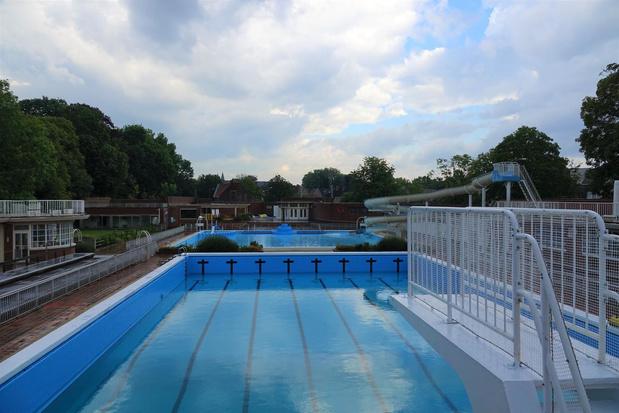 Lago hoopt openluchtzwembad na lek eind volgende week opnieuw te openen