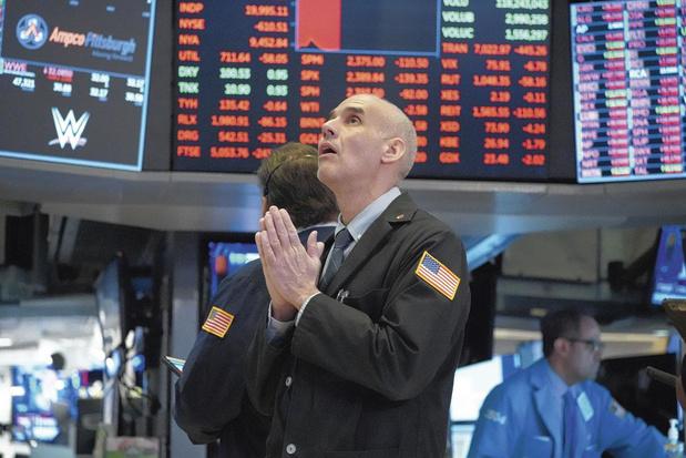 Wall Street digère mal le test positif de Trump au coronavirus