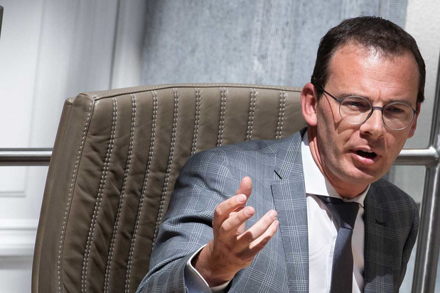 Vlaanderen geeft lokale besturen toegang tot info Groeipakket om gezinnen te steunen