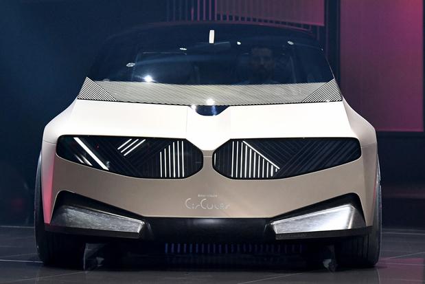 BMW stelt auto voor die volledig uit gerecycleerd materiaal gebouwd werd