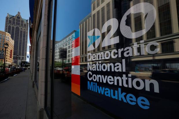 Democratische partijconventie sluit de rangen tegen Trump: 'Amerikanen zijn verdeelpolitiek zat'