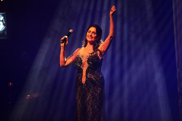'Vrienden van Wendy' zorgen voor muzikaal feest voor jarige Wendy Van Wanten in Kursaal Oostende