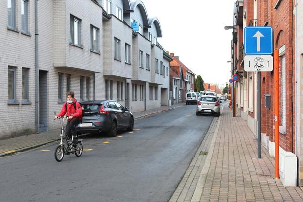 Eenrichtingsverkeer in volledige Torhoutse Langepijpestraat blijft