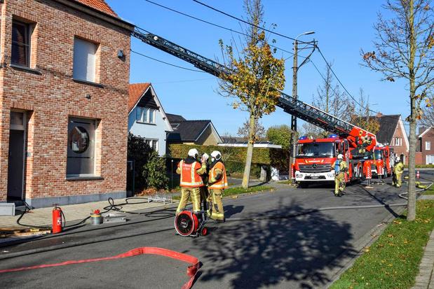 Snelle optreden brandweer voorkomt drama: gerenoveerde woning blijft grotendeels gespaard