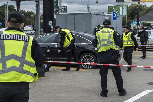 Oekraïense president Zelensky belooft 'krachtig antwoord' na moordpoging op adviseur