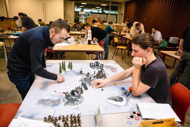 Liefhebbers van Hobbit en Lord of the Rings strijden om titel in BK Battle Game