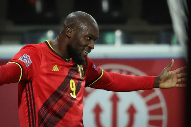 Romelu Lukaku loodst Rode Duivels voorbij Denemarken naar Final Four