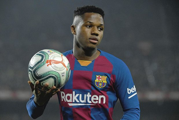 Ansu Fati erft Lionel Messi's nummer 10 bij FC Barcelona