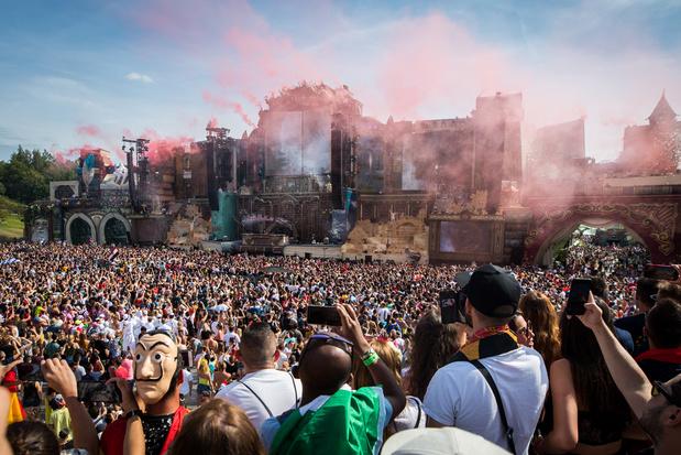 Tomorrowland gooit handdoek in de ring en stelt uit naar 2022