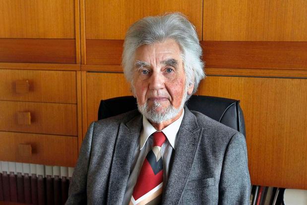 Eminente muziekkenner en wiskundeleraar Roger Deceuninck overleden
