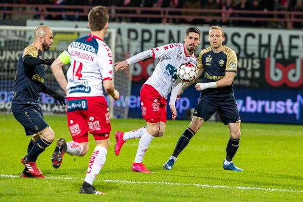 KV Kortrijk moet 2.500 euro betalen voor pyrogebruik in tribunes
