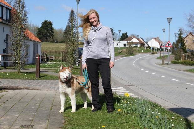 "Hondentrimster Ann-Sofie Vandenberghe uit Loker geeft tip: ""Ga wandelen met je hond!"""
