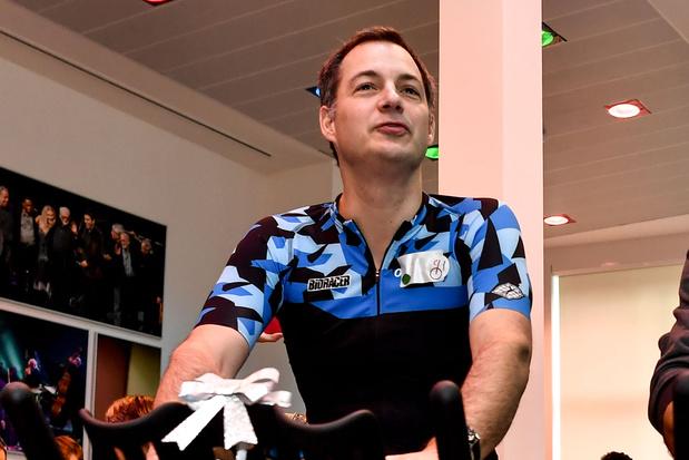 De sportpassie van Alexander De Croo: 'Bij ons thuis is het alles Van Aert en Evenepoel wat de klok slaat'