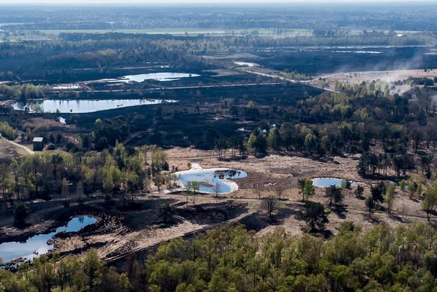 Brandbare fosforkogels veroorzaakten brand Brecht, Demir stelt Defensie in gebreke