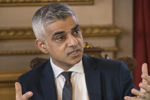 Londens burgemeester Sadiq Khan vraagt aan Boris Johnson om overgangsperiode brexit te verlengen