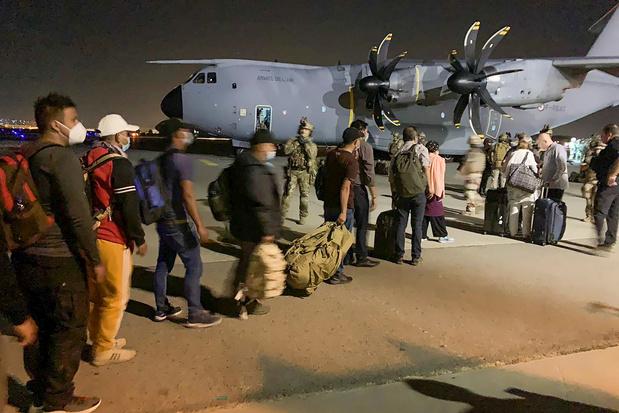 Taliban: 'Wie Afghanistan wil verlaten, zal dat later op een legale manier kunnen'